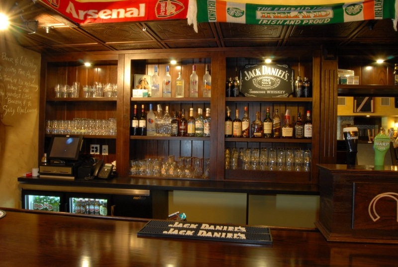 R m millwork producers of fine millwork furniture for the restaurant industry - Pictures of bars ...
